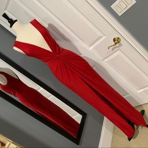 Pretty Little Thing Red Plunge Maxi Dress 💋